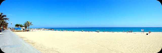 Playas de premia de mar bones vacances for Piscina premia de mar